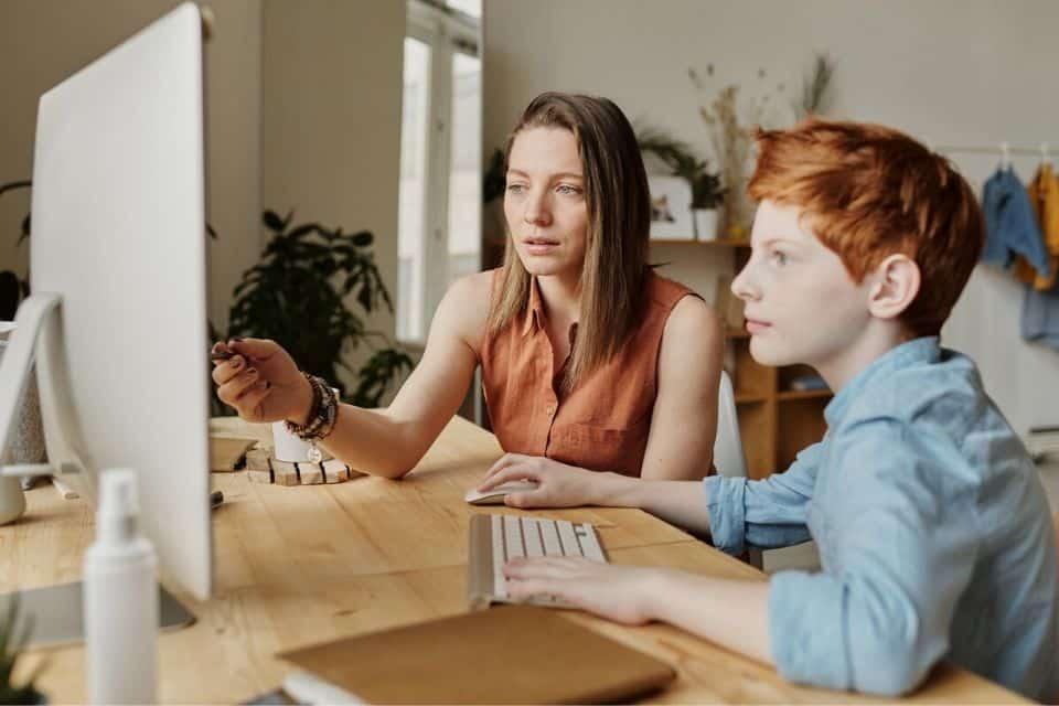 Huiswerkcoaching versus huiswerkbegeleiding